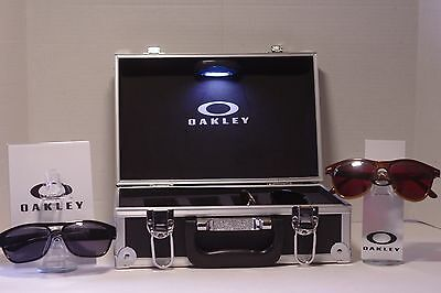 LED Metal Oakley sunglasses or shades Travel Display Case stand fits 4 shades
