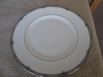 "WEDGWOOD AMHERST PLATINUM DINNER PLATE 10.75"" WIDE  1st QUALITY"
