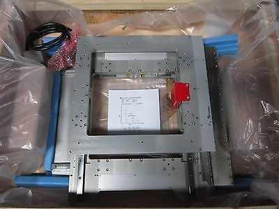 Primatics X / Y Axis Precision Square Linear Stage 541-757-9678