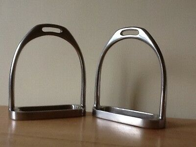 Good Quality Stainless Steel Stirrup Irons  4 1/2""