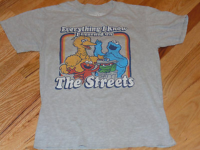 Sesame Street Vintage Adult Sz Small T-Shirt - Everything Learned on the Streets