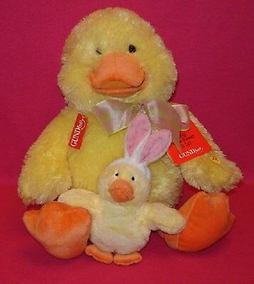 """NWT GUNDfun """"Martha"""" duck w/baby Sings """"How Sweet It Is To Be Loved by You"""""""