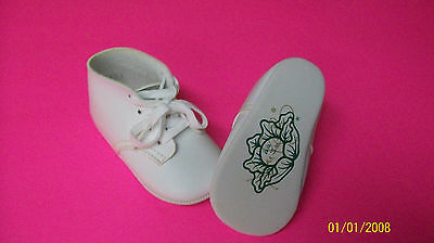 CABBAGE PATCH SOFT SCULPTURE BABY shoes cabage logo signed xavier roberts