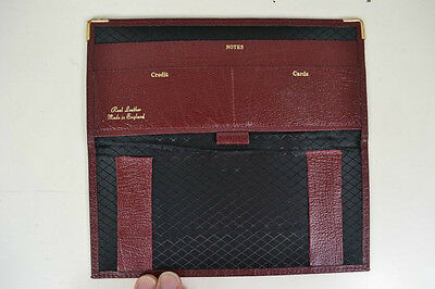VINTAGE 1980s ENGLISH MADE BIFOLD BURGUNDY LEATHER WALLET WITH METAL TRIM