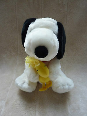 Charlie Brown Cafe Cuddly Toy Snoopy And Woodstock