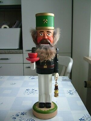 Nussknacker Bergmann Erzgebirge nutcracker germany christmas