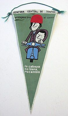 ORIGINAL 1960s Spanish aerial pennant with Vespa scooter graphics Wear a helmet!