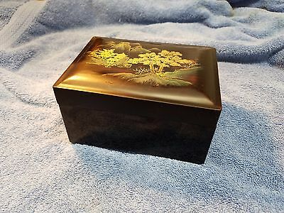 "Vintage Hand Painted Asian Black Lacquer Tea Box 5-5/8"" x 4-1/4"" x 3-1/8"""