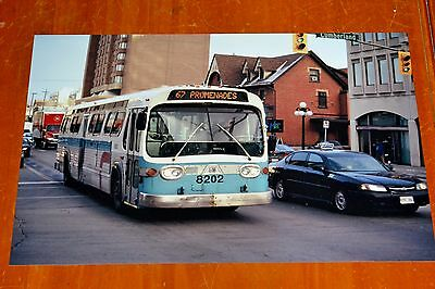 12X18 Bus Photo Sto Gm New Look Bus 8202 In Ottawa 2006 / Vintage Gmc Fishbowl