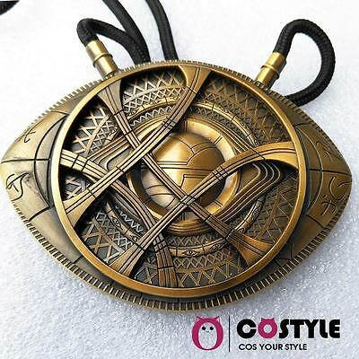 1:1 Doctor Strange Necklace Eye of Agamotto Pendant Cosplay Props