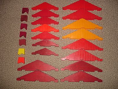 24 Vtge Lincoln Logs Wooden & Plastic Replacement Pieces Roof Gables & Chimneys