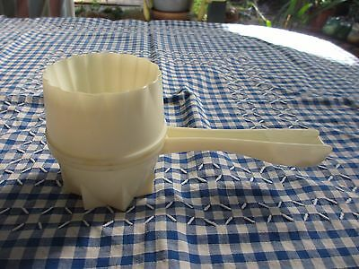 Vintage Tupperware Pastry Pal for cutting,crimping & more, multi tool
