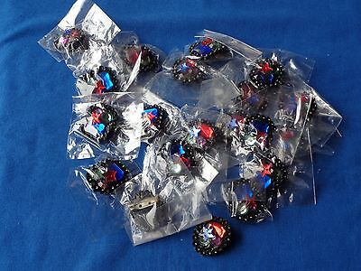 20 broches années 80