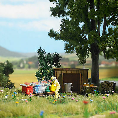 Busch H0 1179 Beekeeping, Model World Kit 1:87