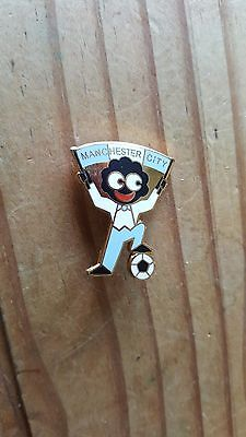 Vintage Collectable Manchester City Pin Badge.
