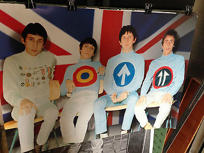 The WHO poster mod clothes