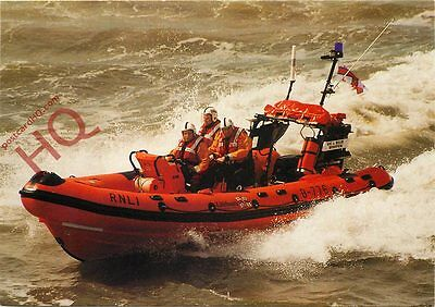 "Postcard: RNLI Southend-On-Sea Atlantic 75 Lifeboat ""Vic And Billie Whiffen"""