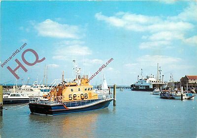 Postcard: Yarmouth Harbour, Isle Of Wight With Lifeboat And Sealink Ferry