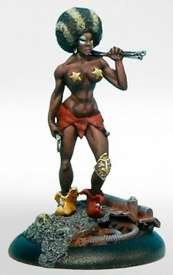 Taban Miniatures Elenia With Throwing Knives