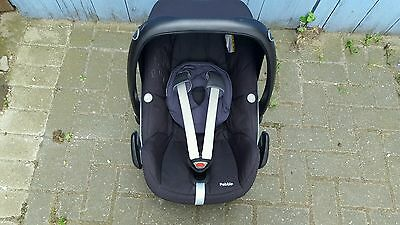 Maxi-Cosi Pebble Group 0+ Baby Car Seat Used