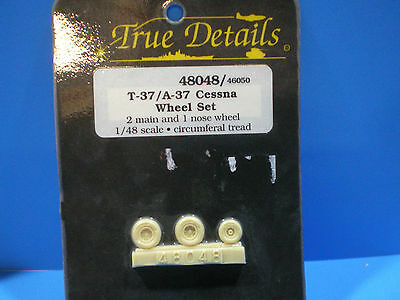 True Details T-37 / A-37 Cessna Wheel set 1:48 scale #48048
