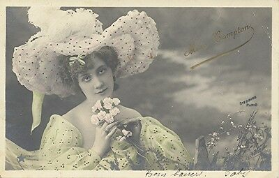 CPA Actrice 1900 / Miss Compton (Photo Stebbing) / 1904