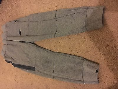Nike jogging bottoms - age 10 to 12 - great condition