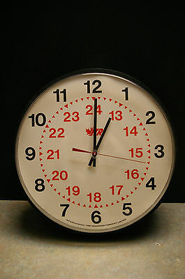 1988 Canadian Government 'itr' International Time Recorder Company Wall Clock