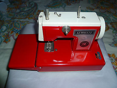 Sewmate Vintage Battery Operated Metal Toy Sewing Machine Perfect Working Order