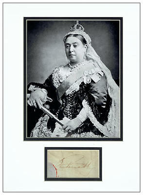 Queen Victoria Signed Display  AFTAL  UACC RD