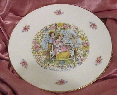 Royal Doulton Bone China Valentine's Day 1978 Plate