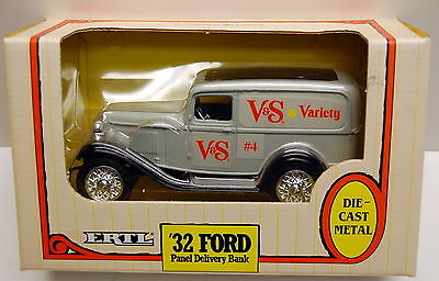 """ERTL 1932 Ford Panel Delivery Bank """"Variety Stores"""" - NIB"""