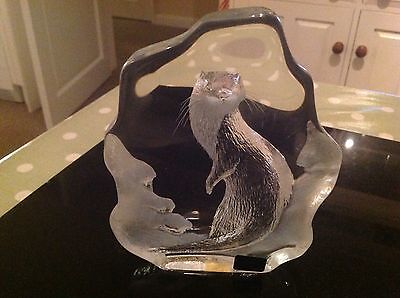 Vintage Lead Crystal Large Otter By Mats Jonasson In Pristine Condition