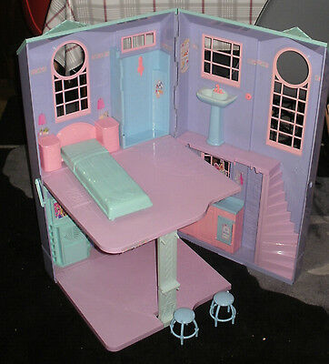 Barbie Dolls House Folding Dream House electronic talking townhouse LIVERPOOL