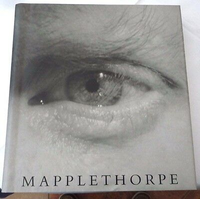 Robert Mapplethorpe Photographic Achievement Published 1992