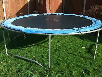 12 ft Trampoline, with enclosure and cover