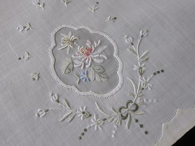 Vintage Linen Hand Towel Linen Embroidered Flowers