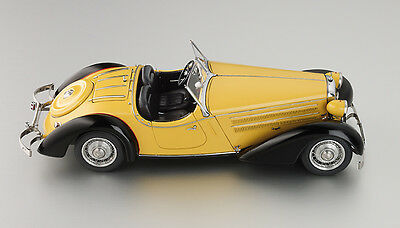 CMC 1/18 M-075A Audi 225 Front Roadster 1935 Yellow/Black Limited Edition 4000