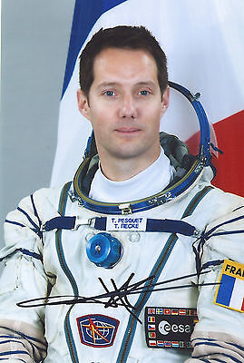 Thomas Pesquet signed photo  4*6 in  ISS 50 Soyuz MS-03