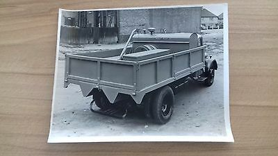 """CLASSIC LORRY, BLACK & WHITE TRANSPORT PHOTOGRAPH ....  8 3/4"""" x 6 1/2"""" APPROX."""