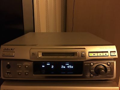 Sony minidisc deck In Used Excellent Condition For It's Age Model Mds-s40