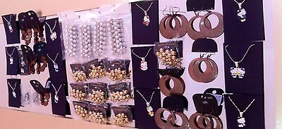 lovely job lot of various brand new jewellery all items on three separate photos