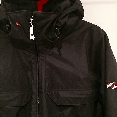 Quiksilver Snowboard Ski Jacket. Black. Large. Thick. Warm. Awesome.