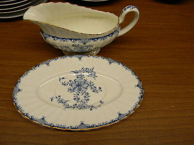 "Royal Worcester ""mansfield"" Pattern Gravy Boat And Underplate"