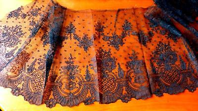 Y38A BROAD FRENCH BLACK SILK CHANTILLY LACE FLORAL VIGNETTES&SCALLOPS 54x13