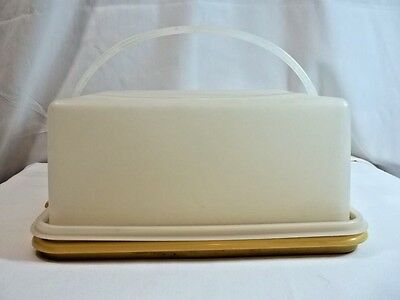Tupperware Vintage Square Cake Taker Harvest Gold Bottom