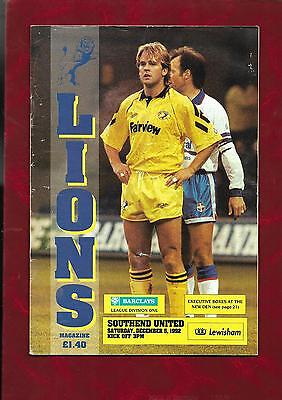 1992/3 Millwall v Southend United football programme