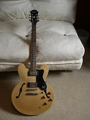 Epiphone Dot NA Electric Guitar