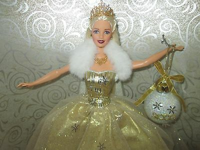 Celebration Barbie 2000 Mattel NRFB Special Edition VINTAGE Doll Gold Dress NEW