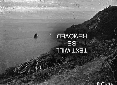 3 MASTED BOAT NEAR LYNMOUTH ROCKS 1930/40s 1/6th PLATE GLASS NEGATIVE 129